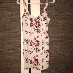 🌟 Forever 21 bodycon floral dress 🌟